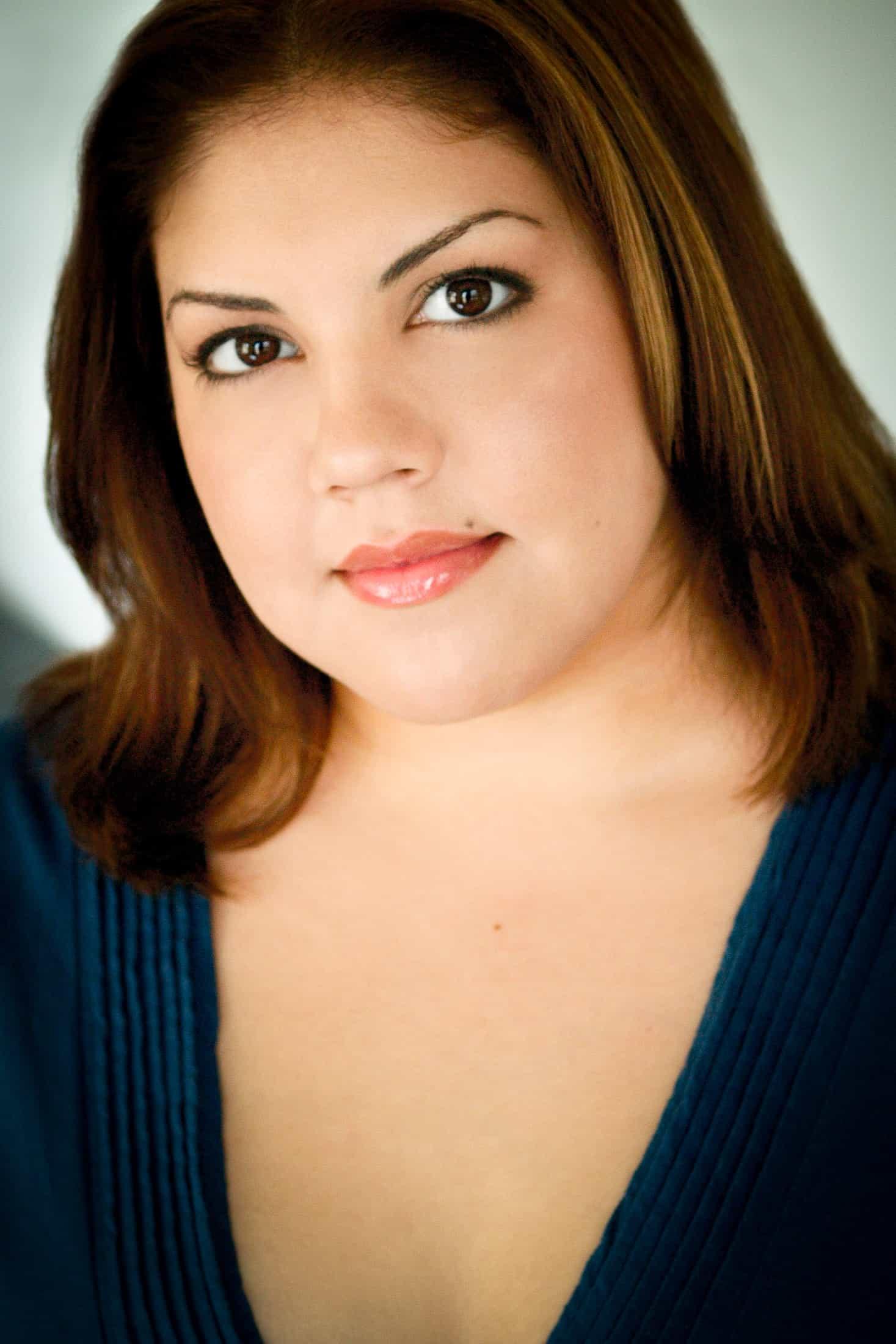 Headshots NYC - Actor Headshots Farrah C
