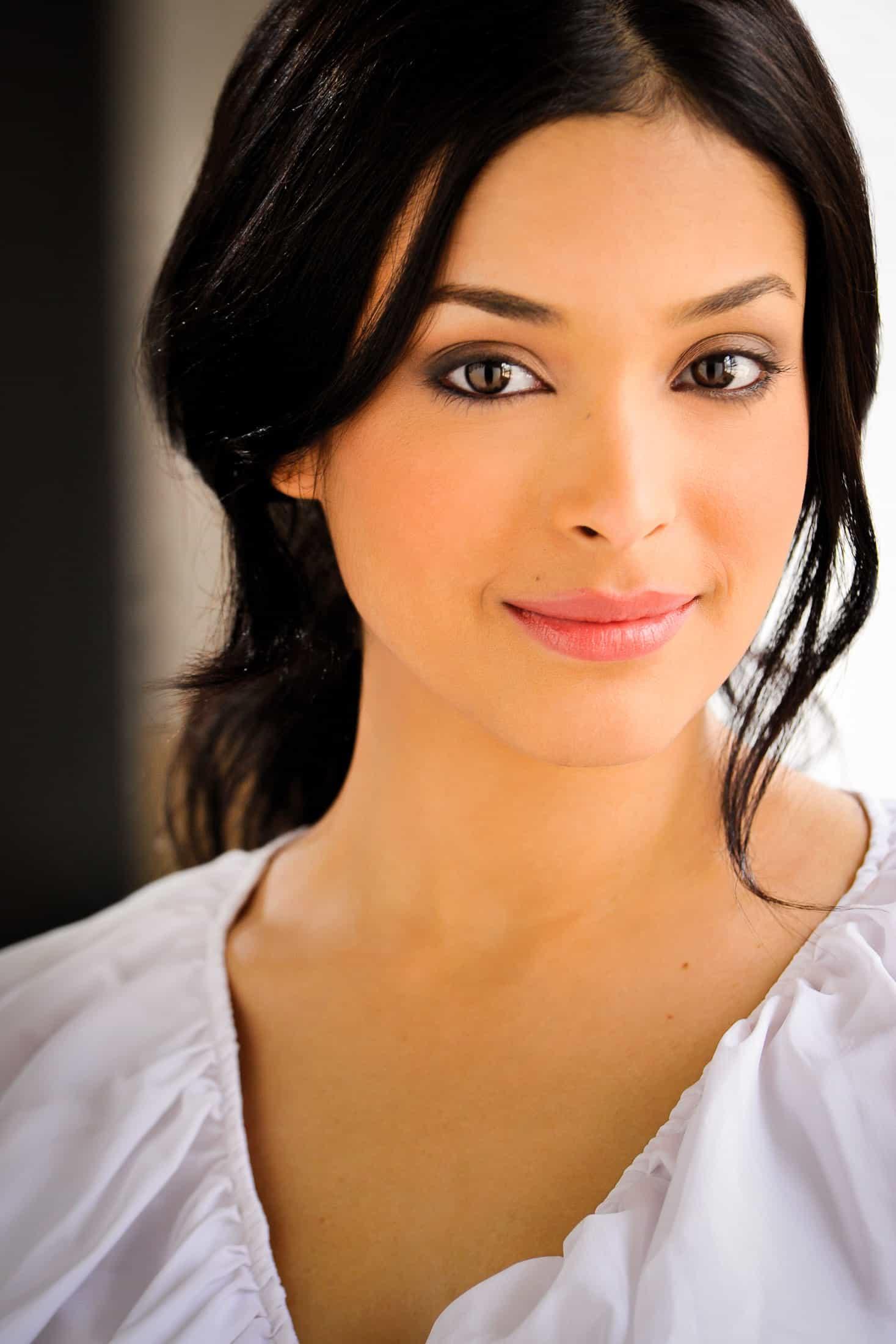 Headshots NYC - Actor Headshots Geisha M