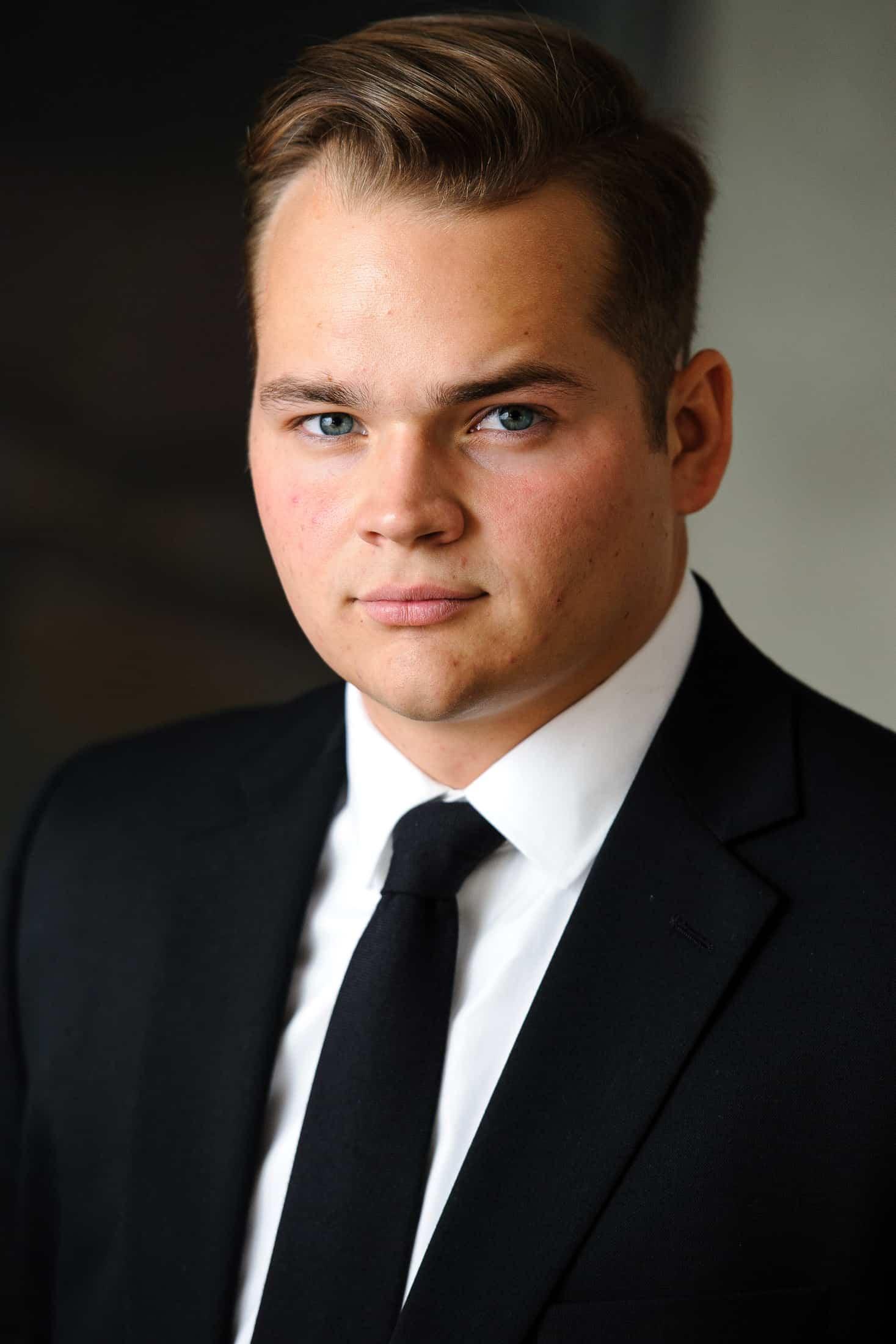 Headshots NYC - Actor Headshots Jake L