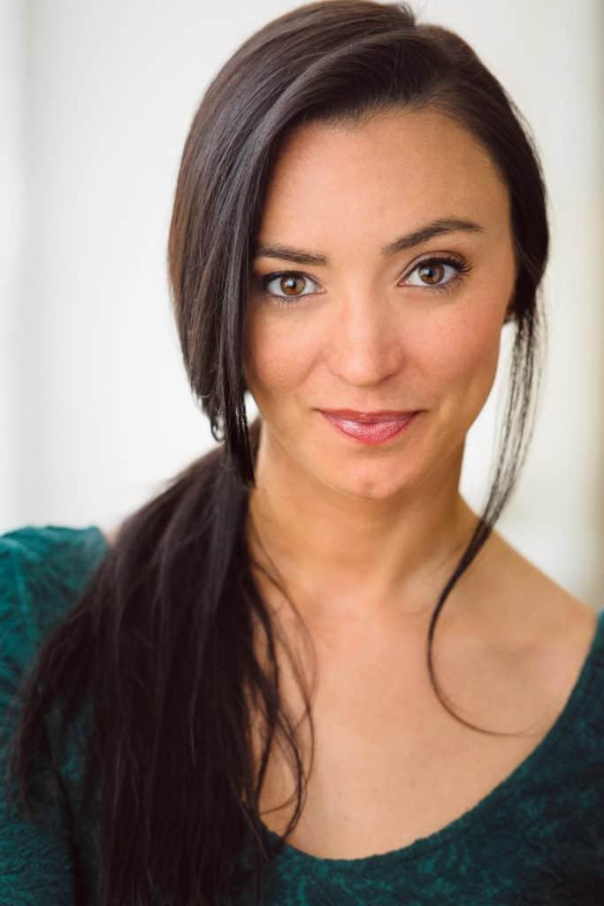 Headshots NYC - Actor Headshots Natalie R