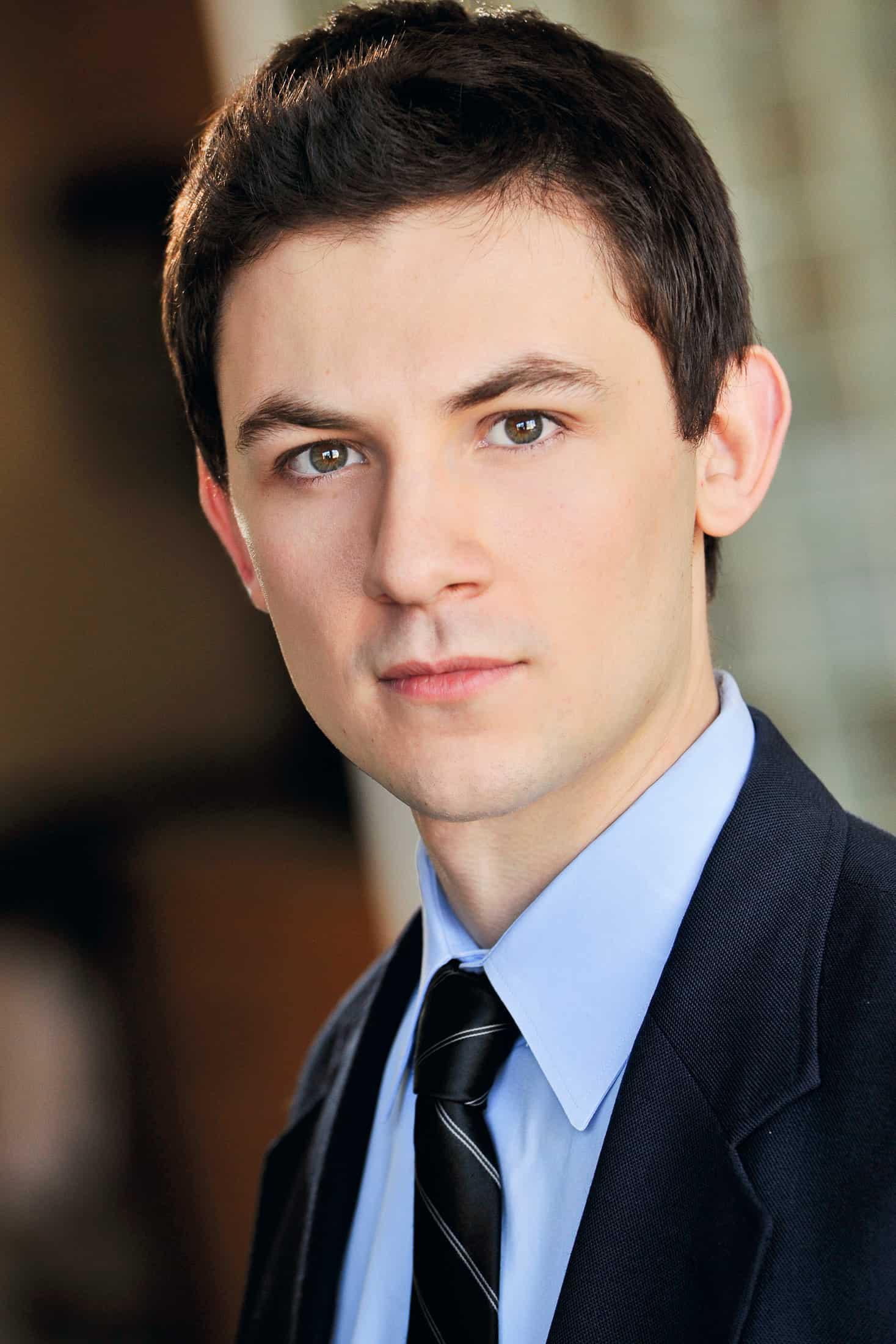 Headshots NYC - Actor Headshots Ramon T