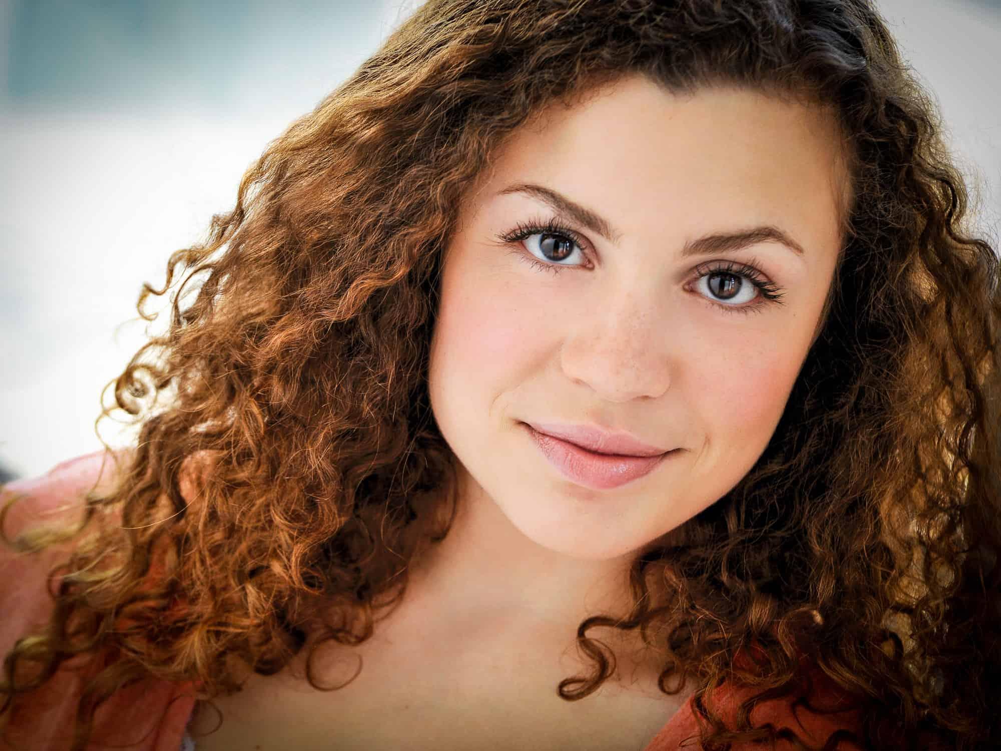 Headshots NYC - Actor Headshots Rebecca H